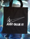 "Handlenett / veske med teksten: ""Just glue it"". thumbnail"