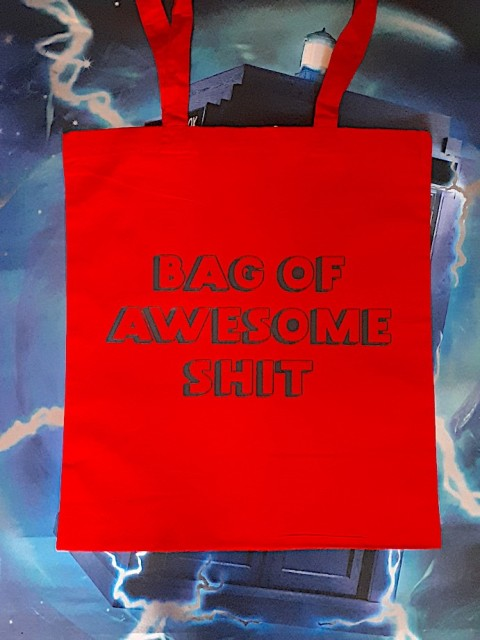 "Handlenett / veske med teksten: ""Bag of awesome shit"""